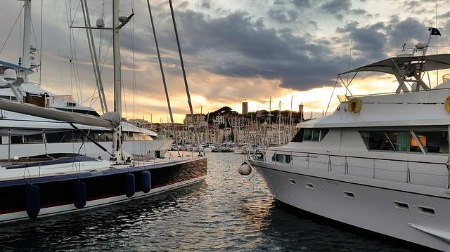 bateaux a Cannes
